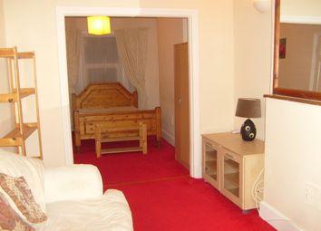 Thumbnail 1 bedroom flat to rent in Reginald Street, Luton, Beds