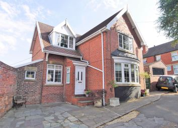 3 bed detached house for sale in Sheffield Road, South Anston, Sheffield S25