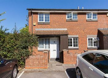 Thumbnail 1 bed detached house to rent in Cromwell Close, London