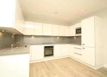 Thumbnail 1 bed flat to rent in The Vale, London