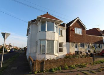 Thumbnail 2 bedroom flat to rent in The Broadway, Herne Bay, Kent