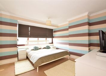 4 bed end terrace house for sale in Chestnut Glen, Hornchurch, Essex RM12