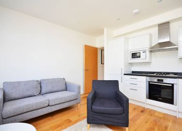 Thumbnail 1 bed flat to rent in Cardigan Road, Bow