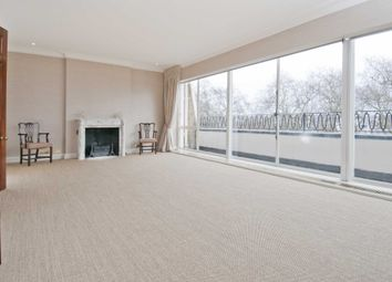 Thumbnail 4 bed flat to rent in Eaton Square, London