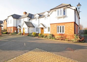 Thumbnail 2 bedroom flat for sale in Gravel Road, Bromley