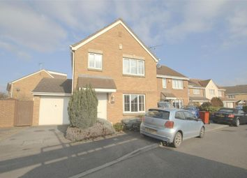 Thumbnail 3 bed detached house to rent in Blunden Drive, Langley, Berkshire