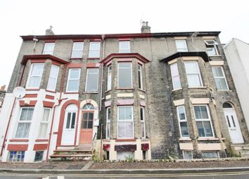 Thumbnail 6 bed property for sale in Kent Square, Great Yarmouth