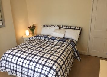 Thumbnail Room to rent in Hale Street, Staines