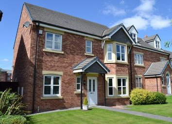 Thumbnail 4 bed detached house to rent in St Annes Drive, Wakefield