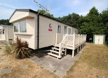 2 bed mobile/park home for sale in Hook Lane, Warsash, Southampton SO31