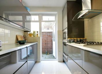 Thumbnail 2 bedroom flat for sale in Perth Road, London