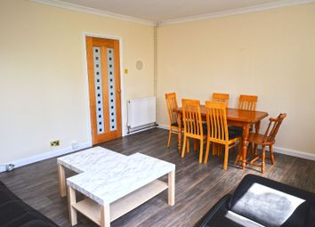 Thumbnail 3 bed flat to rent in Smythe Street, London
