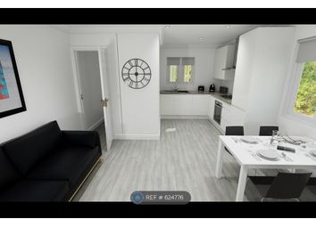 Thumbnail 2 bed flat to rent in Stanmore, Winchester