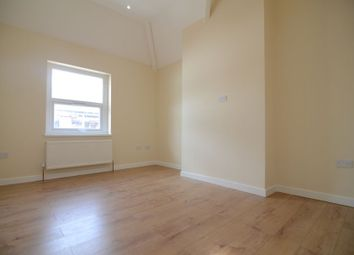 Thumbnail 2 bedroom flat to rent in Camp Road, Farnborough