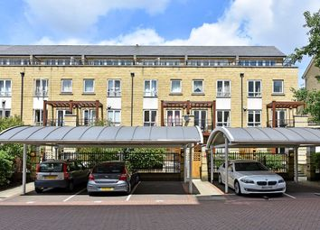 Thumbnail 5 bed town house for sale in St. Davids Square, Canary Wharf, London