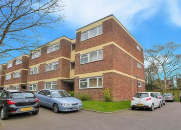 Thumbnail 1 bed flat to rent in Devon Court, St Albans, Herts