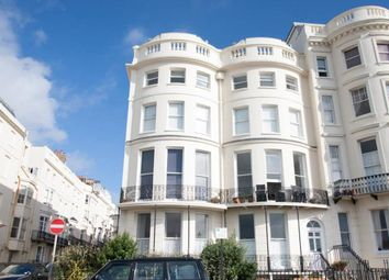 2 Bedrooms Flat for sale in Marine Parade, Brighton BN2