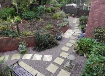 Thumbnail 2 bed flat to rent in Warwick Avenue, Derby