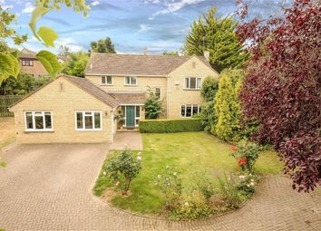 Thumbnail 5 bedroom detached house for sale in Hunts Hill, Blunsdon, Wiltshire