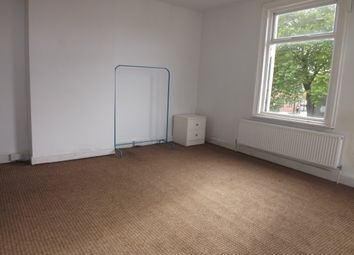 Thumbnail 1 bed flat to rent in Noble Street, Leigh