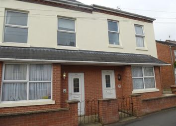 Thumbnail 1 bed flat to rent in Queens Park Court, London Road, Hinckley