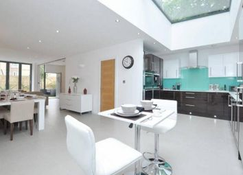 Thumbnail 4 bedroom flat to rent in Newington Green Road, Canonbury, London