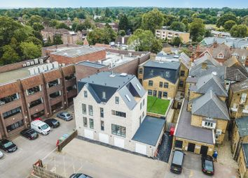2 bed flat for sale in High Street, Walton On Thames KT12