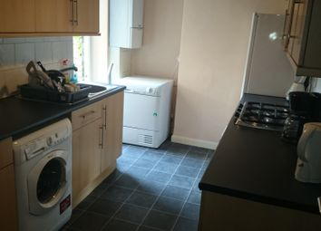 Thumbnail 3 bed flat to rent in Eade Road, London