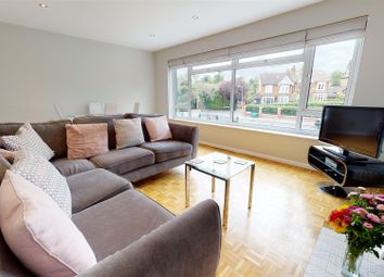 1 bed maisonette for sale in Connaught Avenue, Loughton IG10
