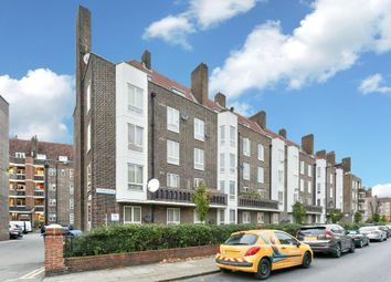 Thumbnail 2 bedroom flat for sale in Dog Kennel Hill Estate, London