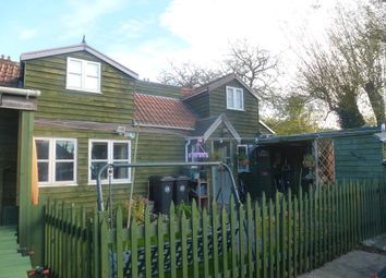 2 bed property to rent in Wells Road, Knowle, Bristol BS4
