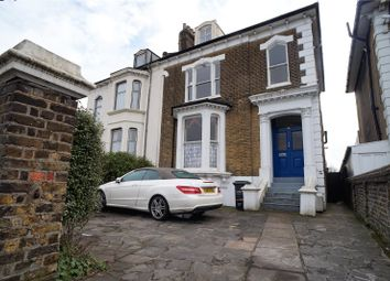 2 bed flat for sale in Overcliffe, Gravesend, Kent DA11
