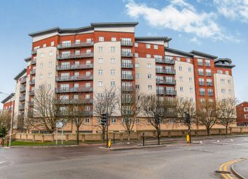 1 bed flat for sale in Aspects Court, Slough SL1