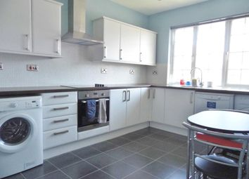 Thumbnail 2 bed flat to rent in Hervey Close, Finchley, London