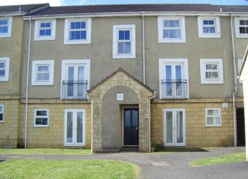 Thumbnail 2 bedroom flat to rent in Queens Square, Chippenham
