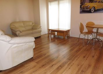 2 bed flat to rent in Central Court, Melville Street, Salford M3