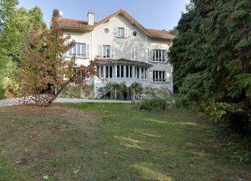 Thumbnail 6 bed villa for sale in Saint Cloud, Saint Cloud, France