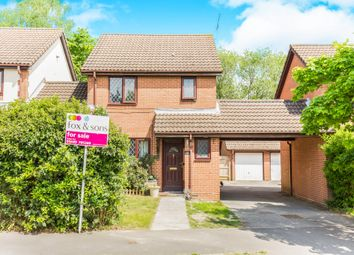 Thumbnail 3 bed link-detached house for sale in Stirling Crescent, Hedge End, Southampton