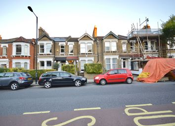 Thumbnail 3 bed town house to rent in Ivydale Road, London