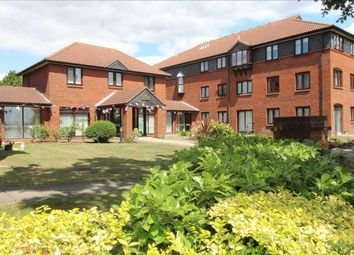 1 bed flat for sale in Imperial Avenue, Westcliff-On-Sea SS0
