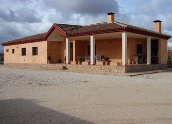 Thumbnail 4 bed villa for sale in Pinoso, Alicante, Valencia, Spain