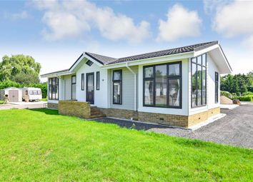 Thumbnail 2 bed mobile/park home for sale in Maidstone Road, Paddock Wood, Kent