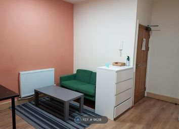 2 bed flat to rent in Cobourg Street, Manchester M1
