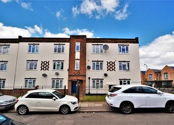 Thumbnail 2 bed flat to rent in Clitterhouse Road, London