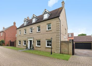 Thumbnail 6 bed detached house for sale in Mayston Close, Potton, Sandy