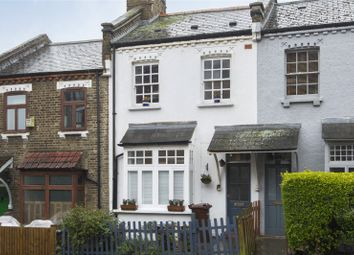 3 bed property for sale in Harrington Hill, London E5
