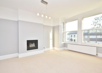 2 bed maisonette to rent in Heath Park Road, Romford RM2