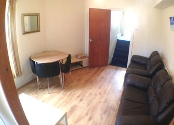 Thumbnail 3 bed flat to rent in Miskin Street, Cardiff
