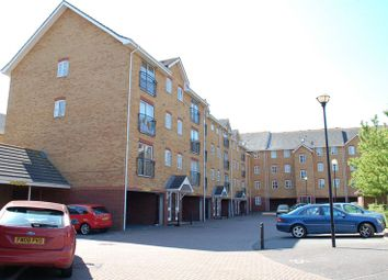 2 bed flat to rent in Timber Court, Columbia Wharf Road, Grays RM17