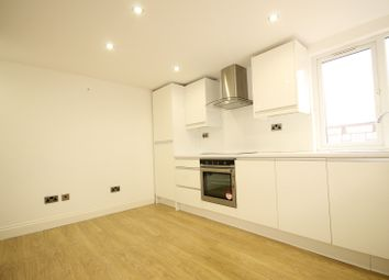Thumbnail 2 bed flat to rent in Clifden Road, Homerton